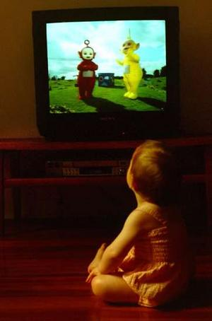 debate children that watch tv Tv and kids' health: why parents should monitor 'screen many children watch a lot of television to ask if they can watch tv or play a game.